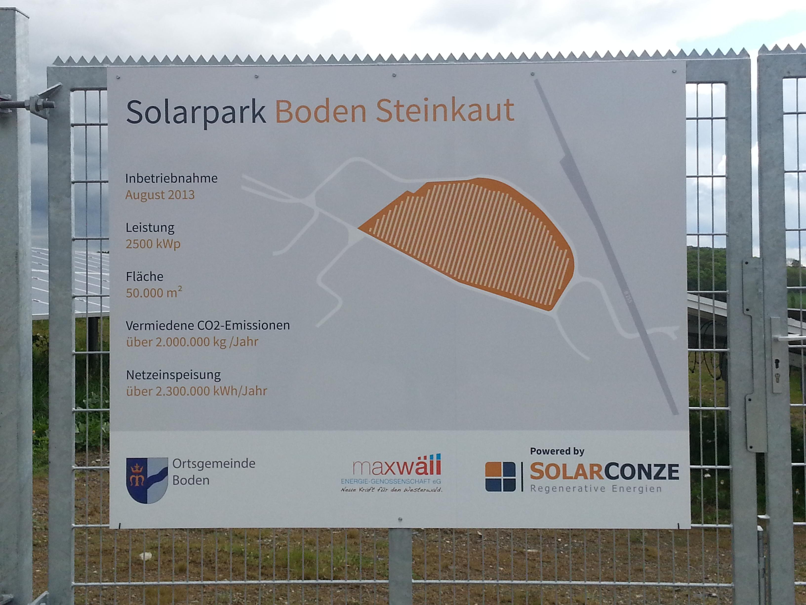 Haupttor des Solarpark Steinkaut, Boden